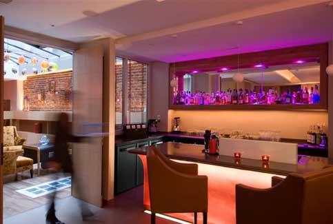 Paris boutique hotel le six for Boutique hotel paris 8e